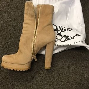 Alice and Olivia Holden leather bootie in Tan